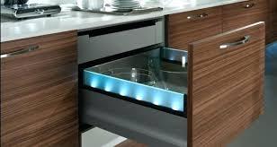 eclairage tiroir cuisine eclairage led cuisine acclairage cuisine led with eclairage