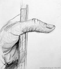 creating with kaiser sketchbook assignment hand holding an object