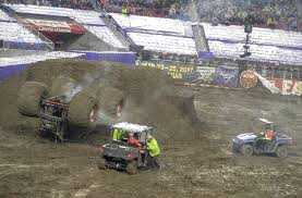 monster trucks racing in mud bonggamom finds rainy day monster jam a completely new and