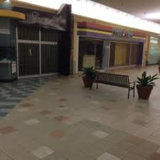 mall 205 stores mall 205 21 reviews shopping centers 9900 se washington st
