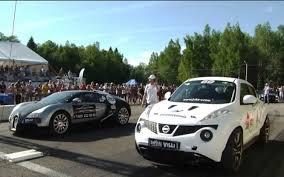 bugatti veyron vs lamborghini gallardo nissan juke vs bugatti veyron vs lamborghini ugr vs 599