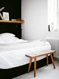 Black And White Bed by Black And White Bedroom With Wood Furniture Vivo Furniture