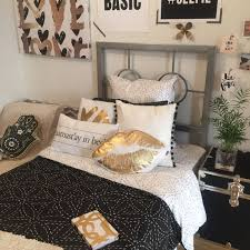 Black And Gold Room Decor Black Gold Dormify Tours Pinterest Black Gold
