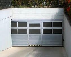 porte sezionali per garage prodotti soluzioni per il tuo garages porte sezionali per