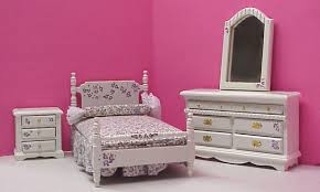 hand painted bedroom furniture dollhouse hand painted bedroom furniture in 1 scale from