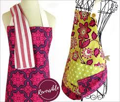 double sided cook u0027s apron with handy towel loop sew4home