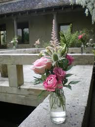 wedding flowers gloucestershire wedding flowers at the mantara centre near tetbury