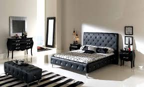 Versace Bedroom Set Nelly 621 Bedroom Set Black Buy Online At Best Price Sohomod