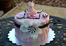 18 best baby shower cake images on pinterest baby shower cakes