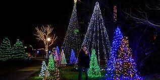 christmas lights in niagara falls ontario fallsview boulevard winter festival of lights fallsview boulevard