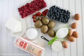 Decorative Ways To Cut Strawberries Kiwi Berry Cake Recipe