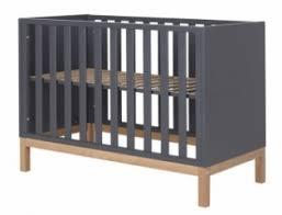 chambre bebe noir lit bébé noir un grand choix de lits bébé design file dans ta