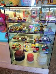 solo travel in search of delicious desserts in orange county