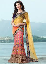 How To Drape A Gujarati Style Saree 6 Ways To Wear Saree A 6 Yards Magic To Drape Share Blues