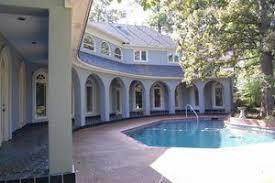 Mid Century Modern Homes For Sale Memphis 6020 Sweetbrier Cv Memphis Tn 38120 Realtor Com