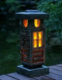 Japanese Garden Lamp by Tiaan 20