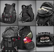 Photos Ultimate Trackpack Oakley Kitchen Sink Squat The Planet - Kitchen sink oakley