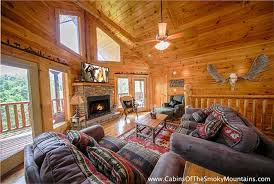 4 bedroom cabins in gatlinburg beautiful cabin 3 best pigeon forge cabin knotty but nice 4 bedroom