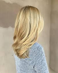 medium length layered hairstyles pinterest medium length beige blonde straight hair with layers medium
