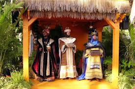 holidays around the world the storytellers of epcot tips from