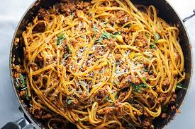 simple beef linguine pasta with parmesan and basil cooking video