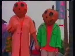 halloweentown u0027 cast members are reuniting to honor debbie reynolds