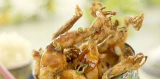comment cuisiner des cuisses de grenouilles cuisses de grenouilles sautées facile recette sur cuisine actuelle