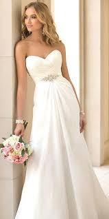 inexpensive wedding dresses 24 stunning wedding dresses 1 000 wedding dress weddings