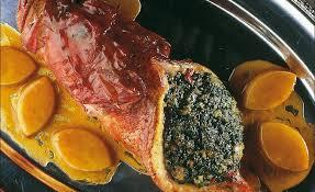 chapon cuisine de méditerranée farci et braisé au jus de bouillabaisse par alain