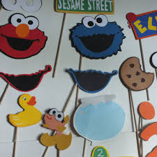 themed photo booth sesame themed photo booth props from flutterbugfrenzy on