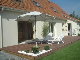photo terrasse composite terrasse galet et bois zimerfrei com u003d idées de design pour les