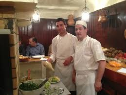 grillk che the grill chef and his assistant photo de restaurant le