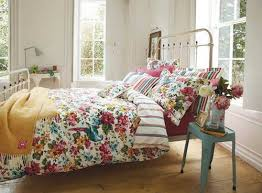 Floral Bedroom Ideas Best Ideas For Looking The Right Bedroom Linens Home Design