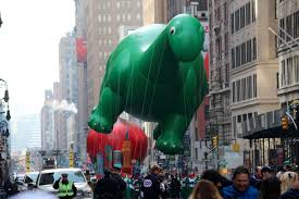 macy s thanksgiving day parade to be broadcast in 360 here s how