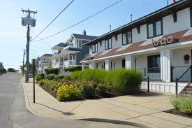walk to the beach at daddy o u0027s boutique hotel in long beach island