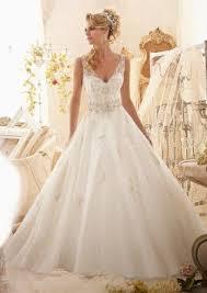 duchesse linie wellenkante kapelle schleppe spitze tull brautkleid mit perlen verziert ruschen kristalldetaillierung p703 260 besten brautmode bilder auf wedding dress