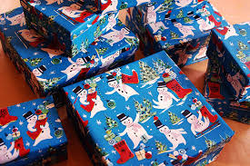 vintage christmas wrapping paper rolls thrifty thursday vintage wrapping paper my paper crane