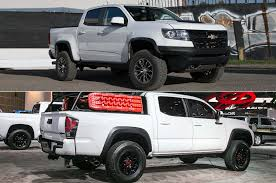 Toyota Tacoma Cummins Auto Showdown 2017 Chevrolet Colorado Zr2 Vs 2017 Toyota Tacoma