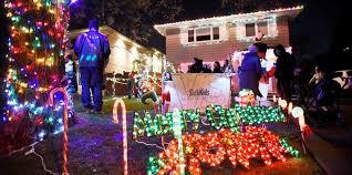 christmas light show toronto christmas light display in etobicoke raises 3k for sickkids