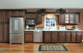 how to cut crown molding for kitchen cabinets kitchen cabinet crown molding one kitchen cabinet crown molding