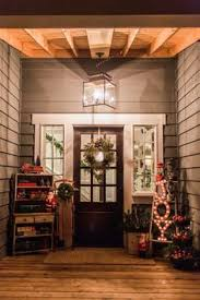 decorating front porch with christmas lights creative ways to decorate your holiday front porch front porches