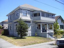Exterior Paint Ideas For Small Homes - how to pick the right exterior paint colors southern living