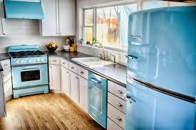 Kitchens With Appliances Home Decor Wonderfulretrokitchenappliancesbluecolorideasuewhite
