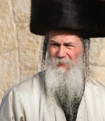 shtreimel for sale rabbi shlomo pappenheim says traditional shtreimel fur hats