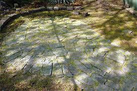 Patio Flagstone Designs How To Build A Flagstone Patio Designs For Flagstone Patio