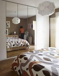 chambre avec miroir aménagement chambre utilisation optimale de l espace
