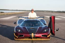 koenigsegg chrome koenigsegg agera rs smashes top speed records