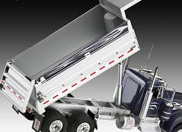 revell kenworth dump truck amazon co uk toys u0026 games