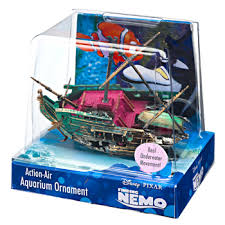 finding nemo half shipwreck fish tank ornament