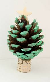 pinecone christmas tree craft blogger bests